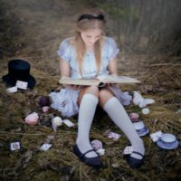 O seu lado Alice.
